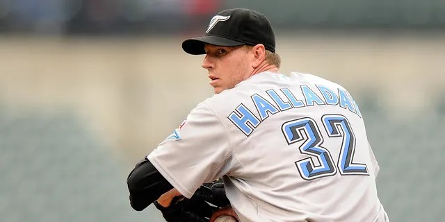 Roy Halladay # 32 of the Toronto Blue Jays faces the Baltimore Orioles at Camden Yards on May 27, 2009 in Baltimore. (Getty Images)
