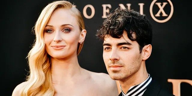 Sophie Turner and Joe Jonas are expected to appear in the home remake of `` The Princess Bride '' in the roles of Westley and Buttercup, respectively, in a sexual representation.