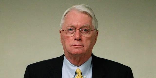 WASHINGTON - MARCH 02: U.S. Sen. Jim Bunning (R-KY)