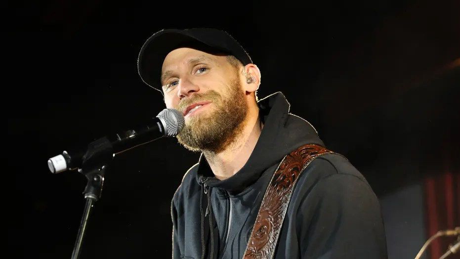 Country Star Chase Rice Slams Bachelor Producers For Ex