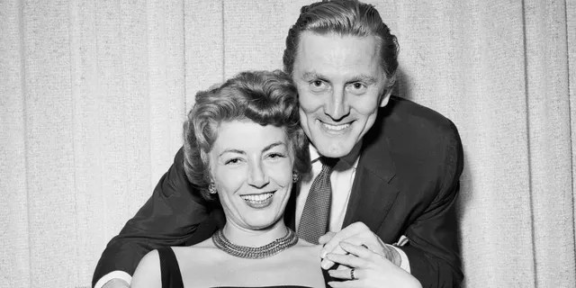 Kirk Douglas A Look Back At His Rich Family Life Fox News
