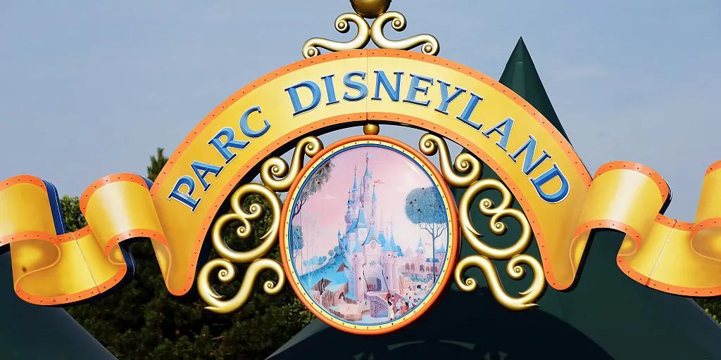 Disneyland Paris maintenance worker reportedly tests positive for ...