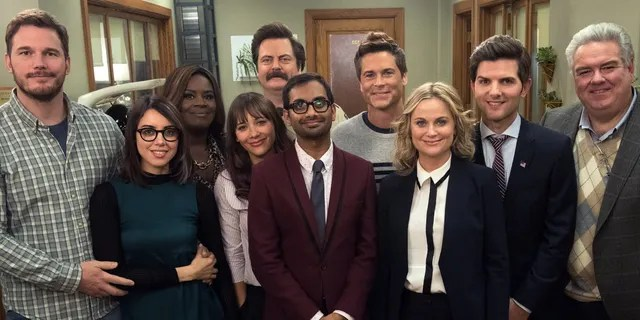 The cast of NBC's 'Parks and Recreation' is reuniting to help Wisconsin Democrats.