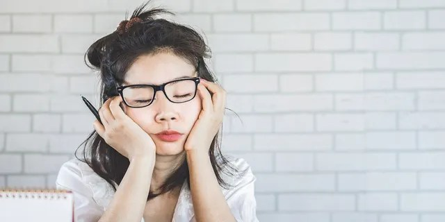 A third of survey respondents claimed that a lack of sleep leads to poorer performance at work.