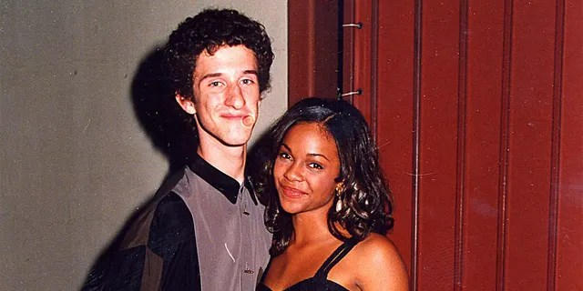 A recurring plot during 'Saved by the Bell' was the unrequited love for the rich girl Lisa Turtle (Voorhees).
