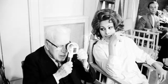 Charlie Chaplin screened the actress Sophia Loren in a negative film in 1966 while filming on the set of the film 'A Countess from Hong Kong' at Pinewood Studios in London.