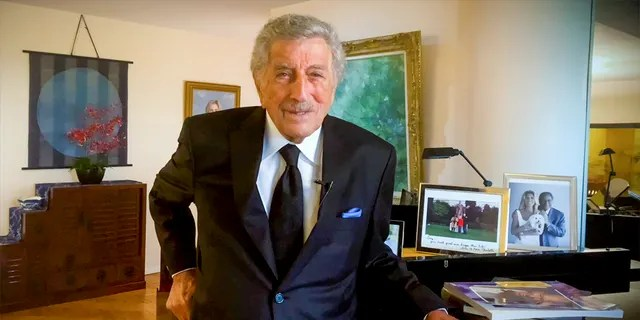94-year-old Tony Bennett was officially diagnosed with progressive disease in 2016.