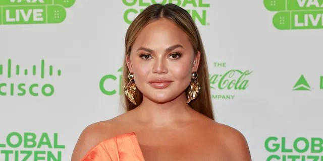 Chrissy Teigen apologized to Courtney Stodden for past bullying via social media. The model appeared to subsequently block Stodden on Twitter following the apology. (Photo by Emma McIntyre/Getty Images for Global Citizen VAX LIVE)