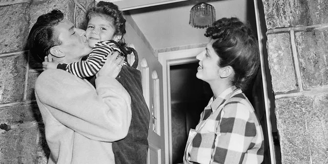 Shortly after his divorce from Nancy Sinatra Sr. (pictured here) Frank Sinatra married actress Ava Gardner. That union lasted from 1951 until 1957.
