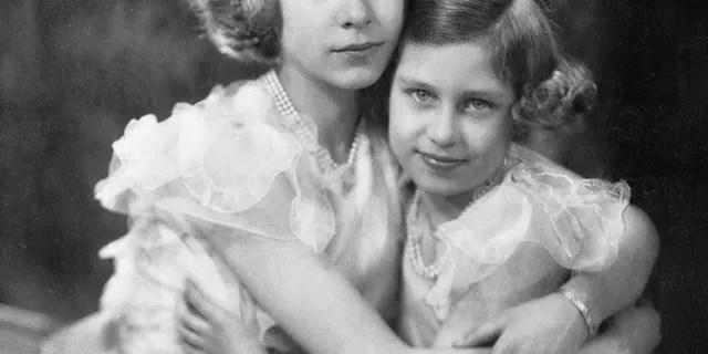 Princesses Elizabeth (left) and Margaret.
