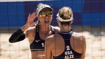 US women advance to beach volleyball final
