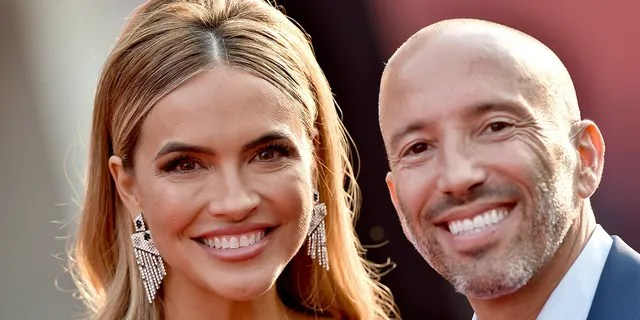 Chrishell Stause and Jason Oppenheim of Netflix's 'Selling Sunset' were recently spotted packing on the PDA during a Rome getaway.