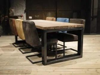 Ferro salontafel van dikke oude teak balken