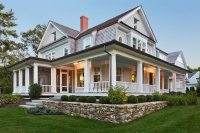 20 Homes With Beautiful Wrap-Around Porches - Housely