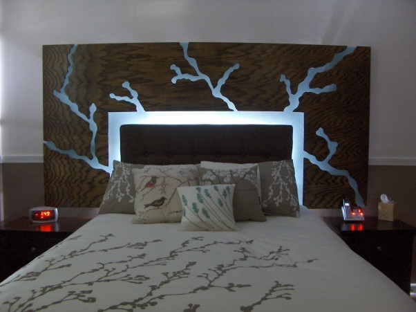 10 Floating Headboard Designs That Defy Gravity