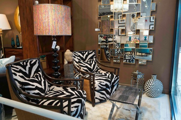 20 Living Spaces With Zebra Print Accents