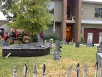20 Spooky Halloween Themed Landscape Ideas