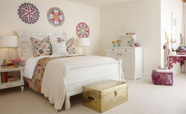 20 Amazing Wall Art Ideas For Your Bedroom