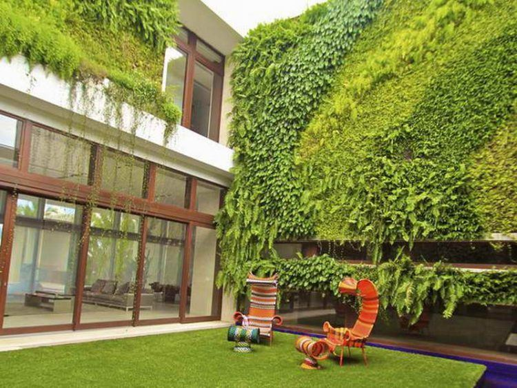 20 Of The Most Beautiful Outdoor Living Wall Ideas