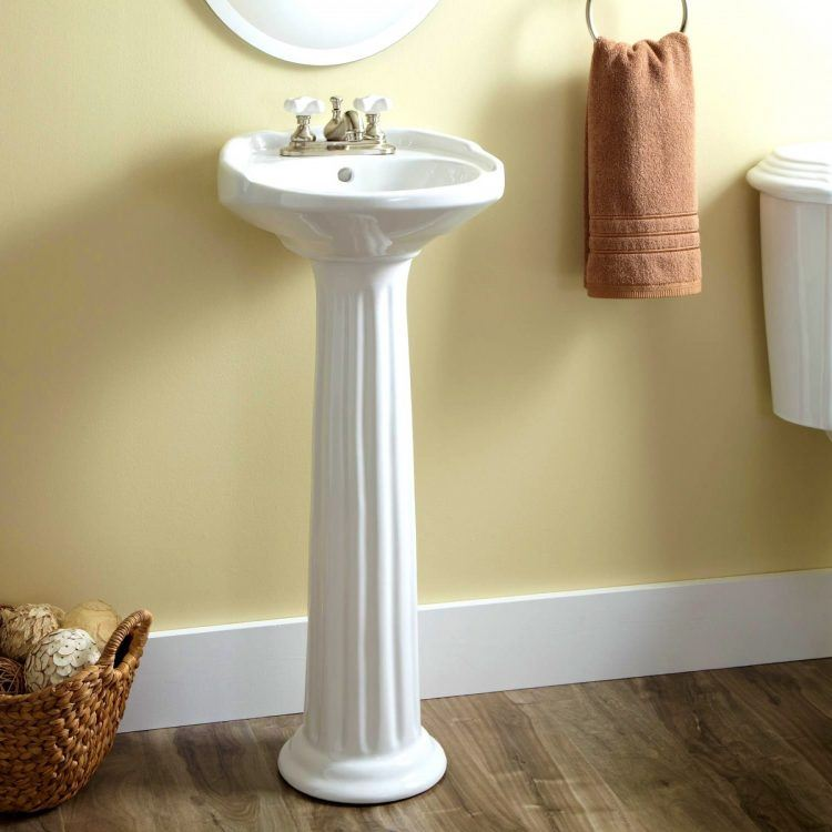 20 Stylish Bathrooms With Pedestal Sinks