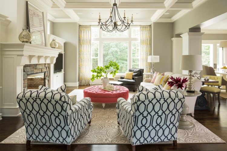 10 Beautiful Living Rooms That Utilize Mix And Match