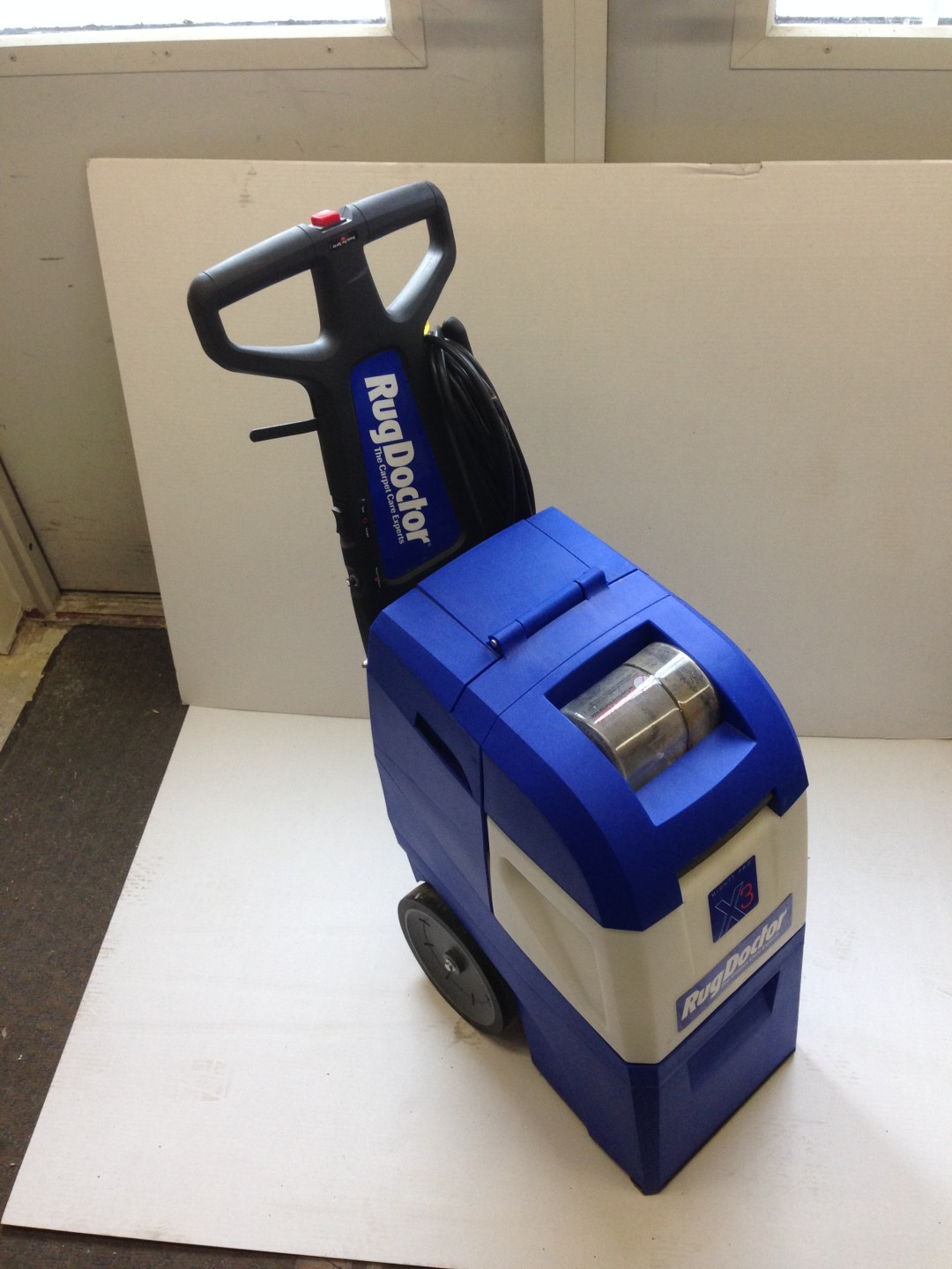 Carpet Cleaner Image