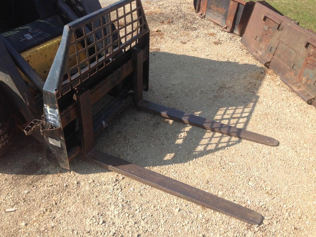 Bobcat Pallet Forks Image