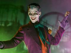 DC Comics The Joker 1/6 Scale Figure