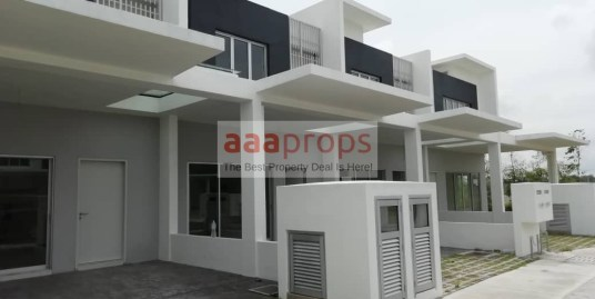 2 Storey House at Green Casa @ Cybersouth for rent!