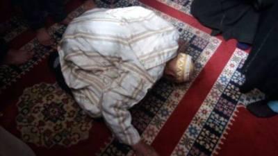 توفي وهو ساجد