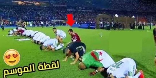 لاعب جزائري