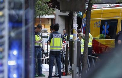 مغربي في إسبانيا يقتل إبنه ويطعن زوجته ثم يُنهي حياته بالانتحار