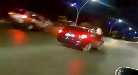حادثة سير على المباشر لسيارة في موكب زفاف نواحي الناظور