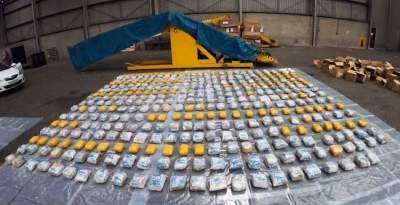 """ضبطت الوكالة البريطانية لمكافحة الجريمة 398 كيلوغراماً من الهيرويين مخبأة في حمولة مناشف وأثواب حمام ما يشكل واحدة """"من أكبر عمليات ضبط"""" مخدرات في بريطانيا."""