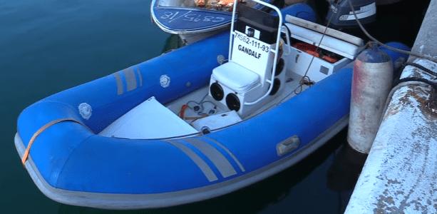 قوارب