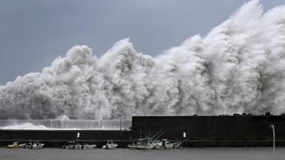 اليابان.. أعصار مدمر يودي بحياة أزيد من 36 شخصا