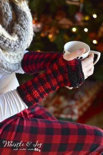 Crochet Plaid Arm Warmers