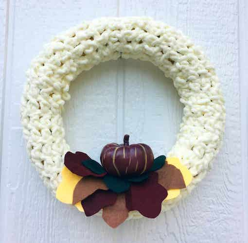 Pattern: Crochet Autumn Wreath from Crafty Little Gnome