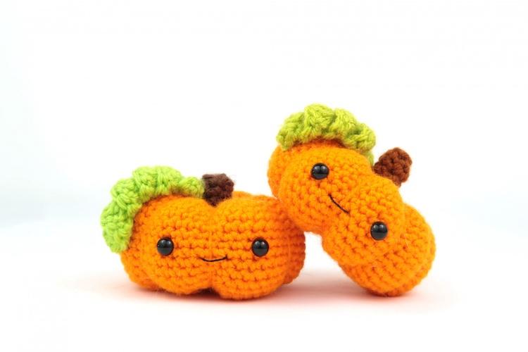 Pattern: Pumpkin Amigurumi from Stringy Dingding