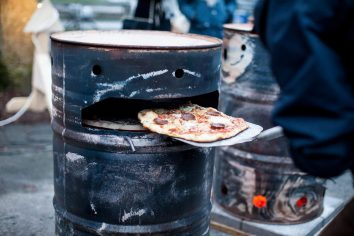 """Jesper Aabille """"Let's Make Pizza"""", Vinterbyen 2016. Foto: Stefan Ravn"""