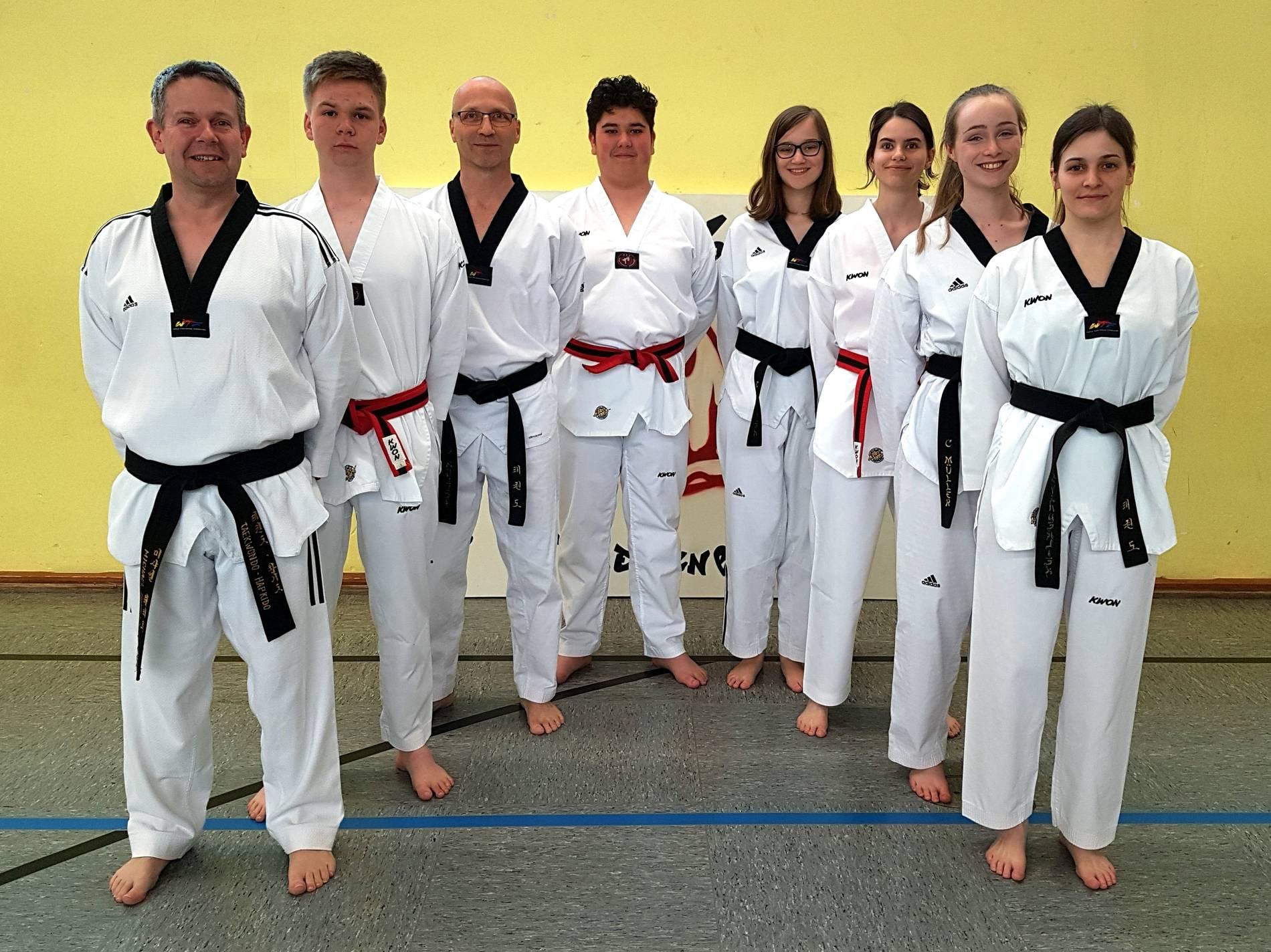 Übach-Palenberg: Motivierte Taekwondo-Trainer Beim TuS 09