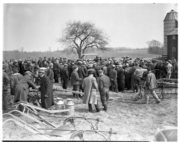Gilbert Farm Auction In Hamburg Ann Arbor District Library