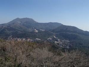 絹笠山から見た雲仙普賢岳
