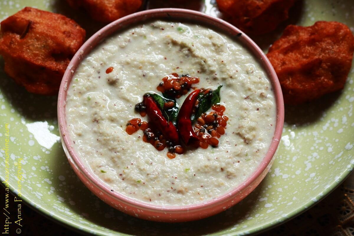 Hotel Style Coconut Chutney | Kobbari Putnala Pappu Pachadi