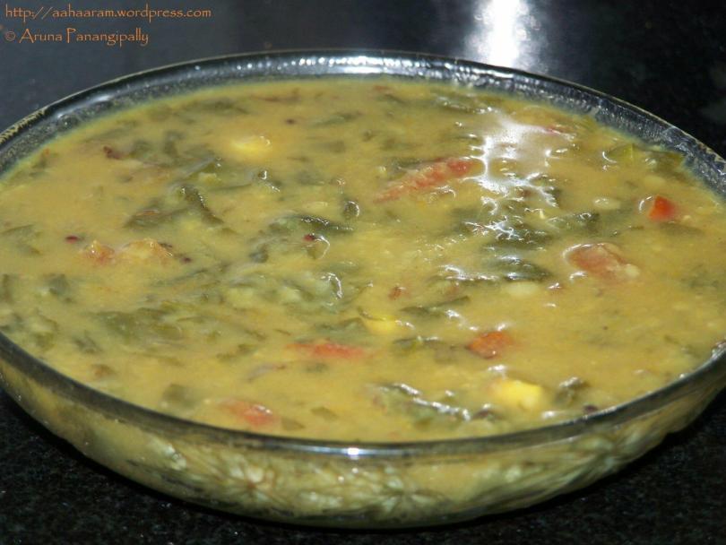Paala Koora Pappu/ Palak ki Dal/Lentils with Spinach & Tomato