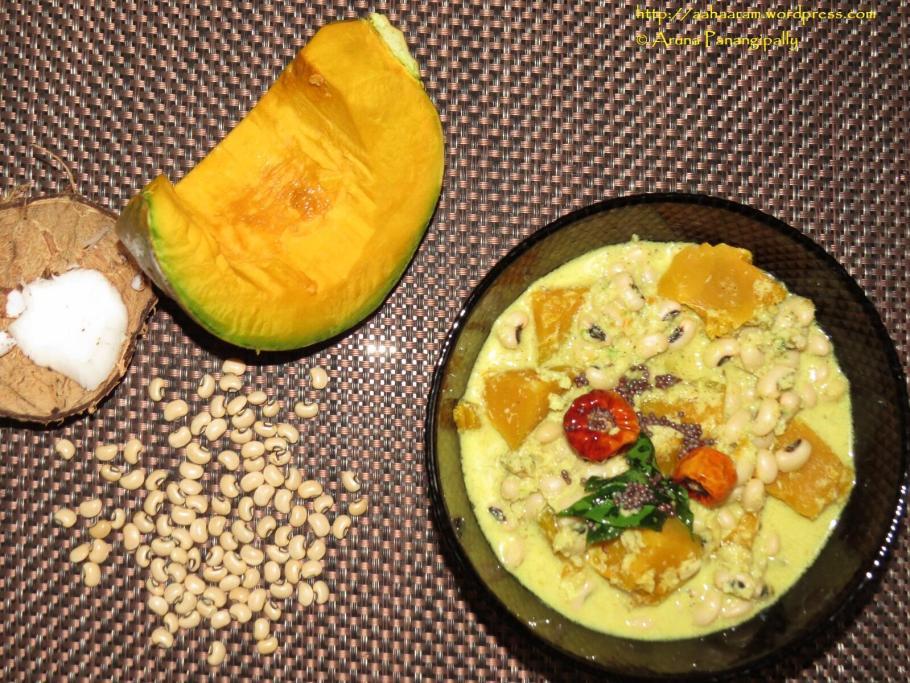 Mathanga Erissery - Pumpkin and Black Eyed Peas in a Coconut Gravy - Onam Sadya Recipe