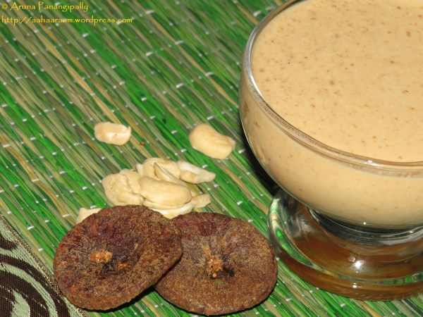 Kaju Anjeer Milkshake - Cashew and Fig Milkshake
