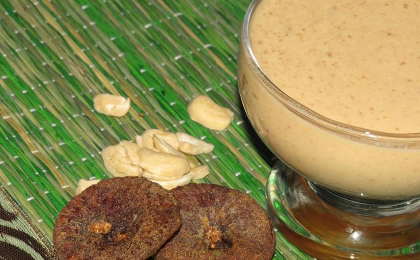 Kaju Anjeer Milkshake - Cashew and Fig Milkshake