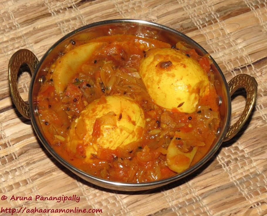 Bengali Style Egg Curry - Dimer Jhol or Dimer Dalna