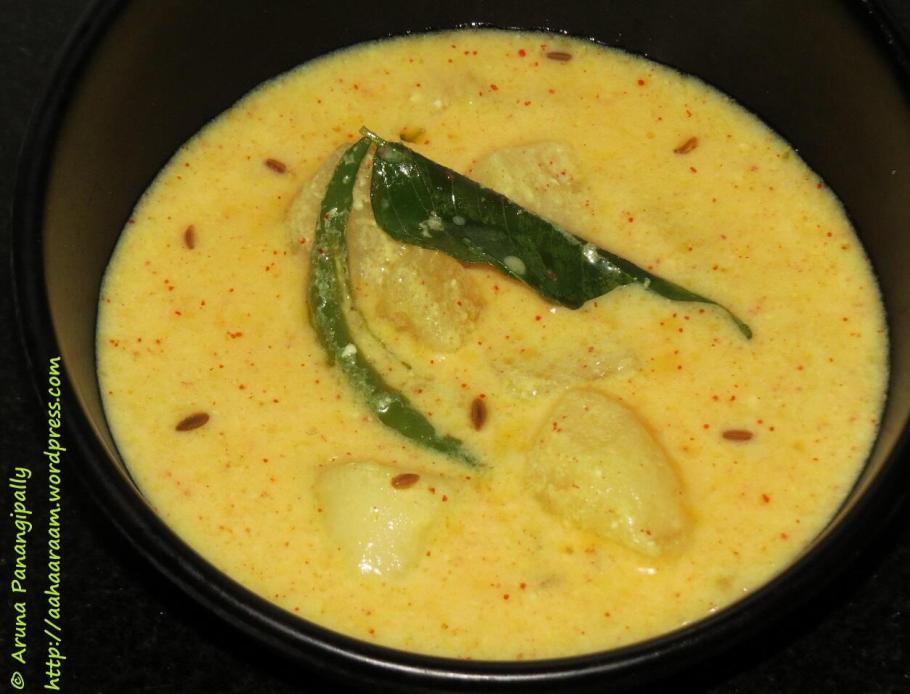 Dahi Alu or Potatoes in Yoggurt Gravy - Kiran Jalan